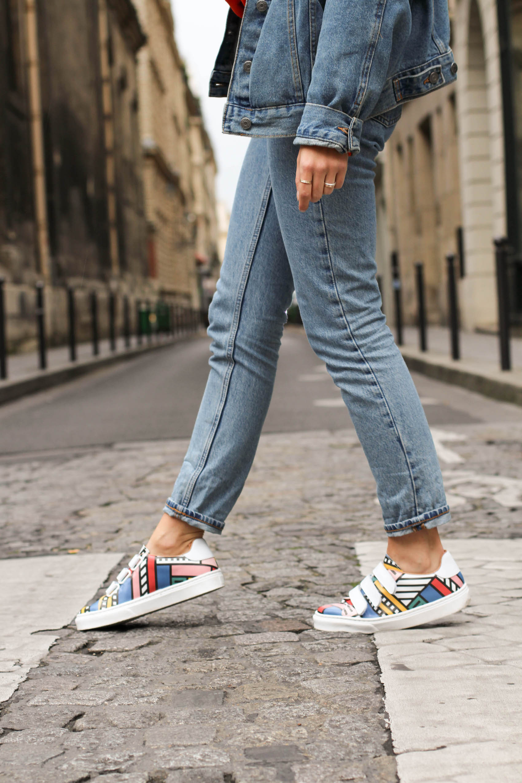 Les sneakers Made by Sarenza x Camille Walala